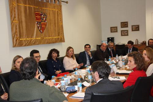Representantes de las asesorías jurídicas de los OCEx se reúnen en Pamplona
