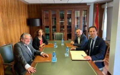 Encuentro entre el Síndico Mayor de la Sindicatura de Cuentas de Asturias y el Conselleiro Maior del Consello de Contas de Galicia